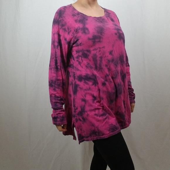 dd9a36f3510 Calvin Klein Tops - CALVING KLEIN PERFORMANCE TIE DYE TUNIC TOP LARGE